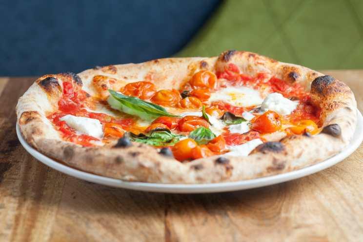 Pizza Bufala 2-min
